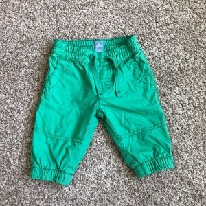 🛍Baby Gap Green Pants Size 0-3Months